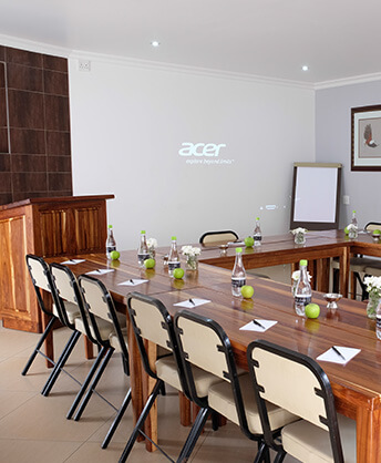 Firwood-lodge-accommodation-in-pretoria_conference-room