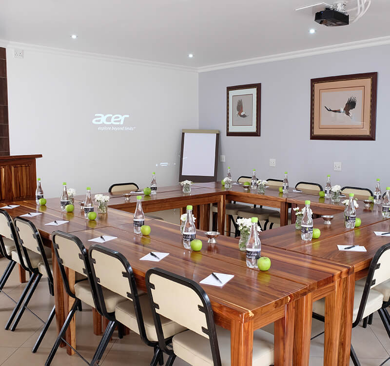 Firwood-lodge_Conference-Centre_Boardroom-style-2