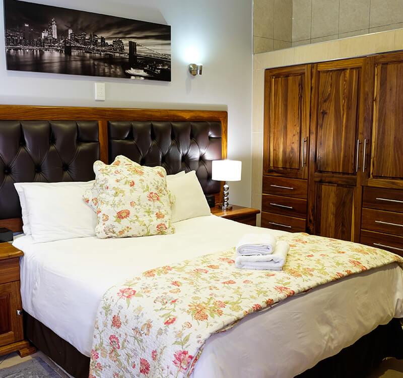 Firwood-lodge-accommodation-in-pretoria_standard-room