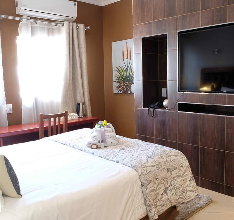 Firwood-lodge-accommodation-in-pretoria_executive-room