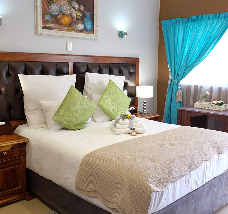 Firwood-lodge-accommodation-in-pretoria_family-suite